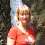 В Сочи у водопада.