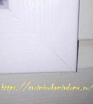 Угол отделки окна планками