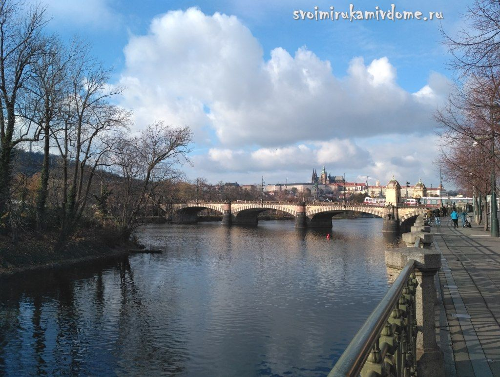 Мост Легии над Влтавой в Праге, Чехия