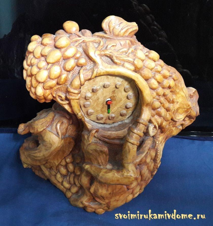 Часы с виноградом, А. П. Стёпочкин