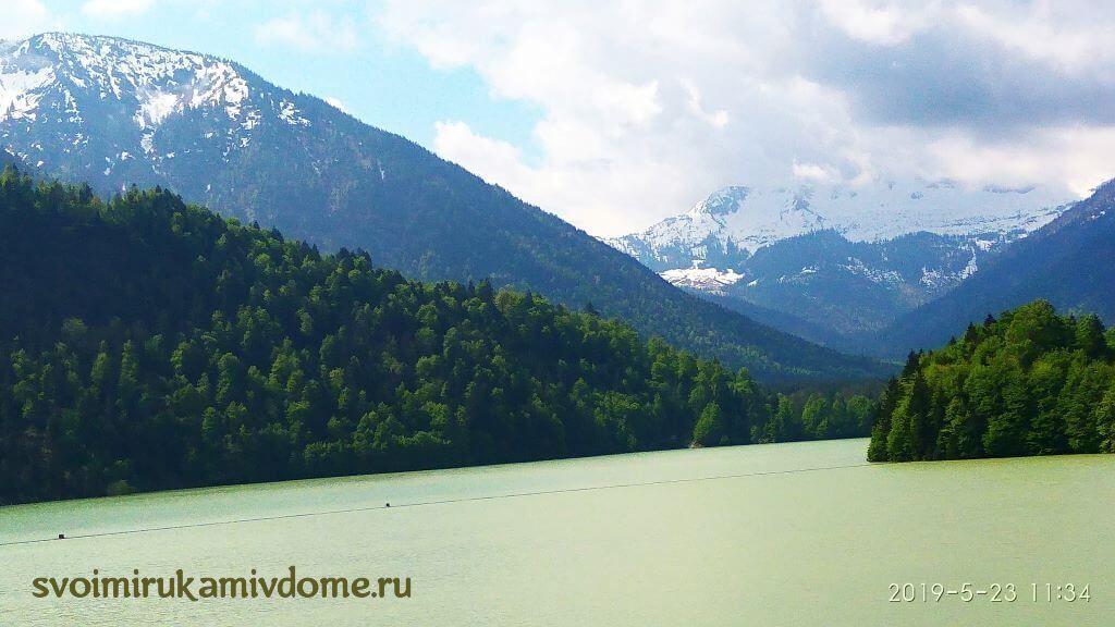 Горное озеро в Баварии
